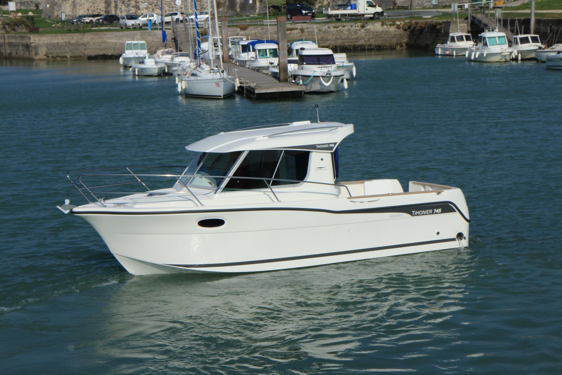 Motorboat Ocqueteau 745 Inboard Pilothouse Our Range